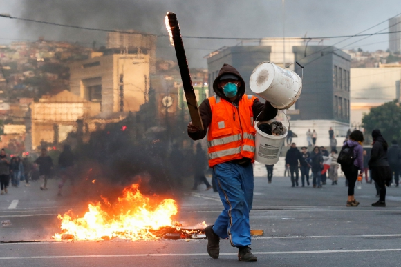 Manifestantes en Valparaíso. Foto: Reuters