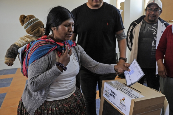 Votación en La Paz, Bolivia. Foto: AFP