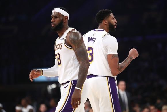 LeBron James y Anthony Davis en Los Angeles Lakers