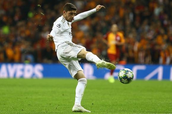 Federico Valverde en el Real Madrid vs. Galatasaray