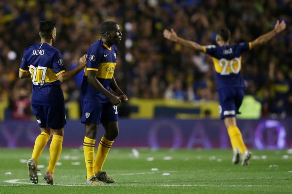 Jan Hurtado tras el gol que anotó en el duelo entre Boca-River. Foto: Reuters.