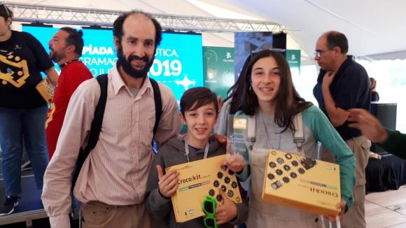 Diego y Paula Giannotti ganadores del primer premio en Placas Programables.