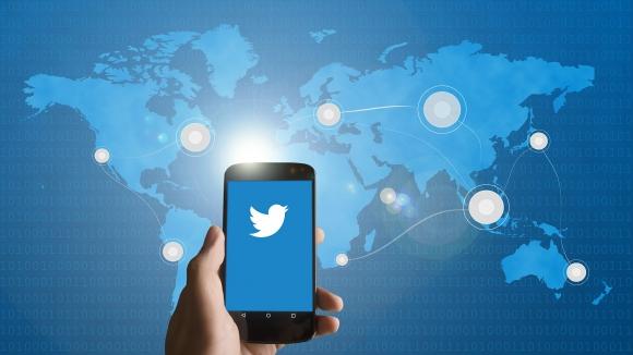 Monitor de reacciones en Twitter. Foto: Pixabay