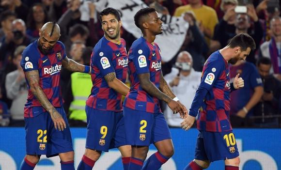 Arturo Vidal, Luis Suárez, Nelson Semedo y LIonel Messi en Barcelona