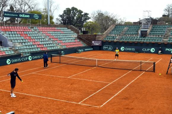 Cancha central del Carrasco Lawn Tennis Club de Montevideo.