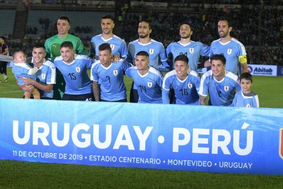 Formación de Uruguay vs. Perú