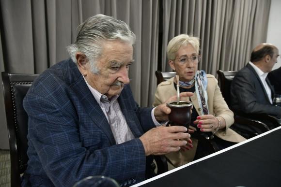 José Mujica y Graciela Villar. Foto: Fernando Ponzetto.