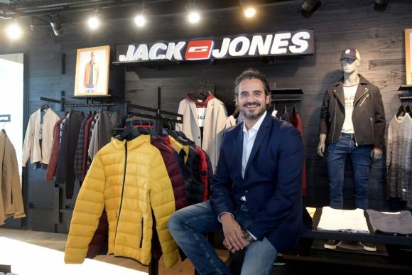 """""""En los últimos 15 meses hemos abierto 20 tiendas, cosa que creo que no había hecho ninguna empresa de moda antes en Uruguay"""", dijo Contreras."""