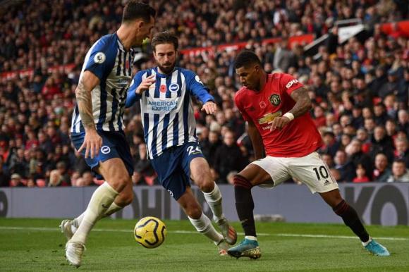 Manchester United volvió a la victoria ante al Brighton por 3 a 1. Foto: AFP.