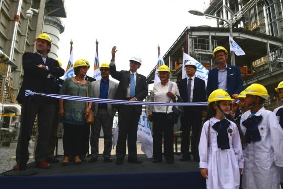 Inauguración de central térmica de ciclo combinado de UTE. Foto: Francisco Flores