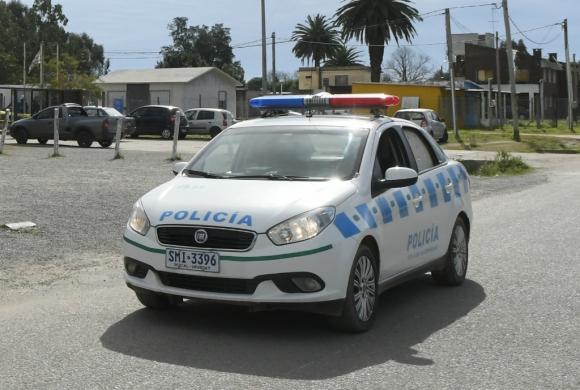 Patrullero de policía de Montevideo. Foto: Leonardo Mainé (Archivo)