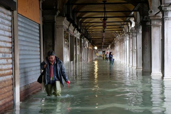 Inundación en Venecia. Foto: Reuters