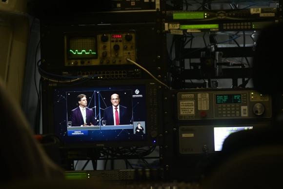 Televisación del debate entre candidatos en Estudio 9. Foto: Fernando Ponzetto.