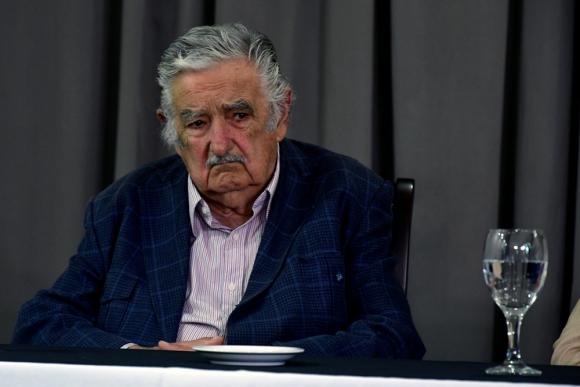 Jose Mujica en conferencia de Daniel Martínez y Graciela Villar. Foto: Fernando Ponzetto.