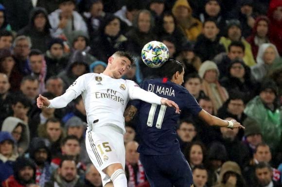 Federico Valverde y Ángel di María en el Real Madrid vs. PSG