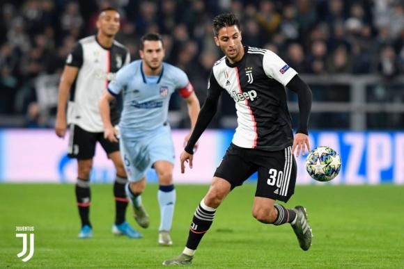 Rodrigo Bentancur jugó un muy buen partido ante Atlético de Madrid