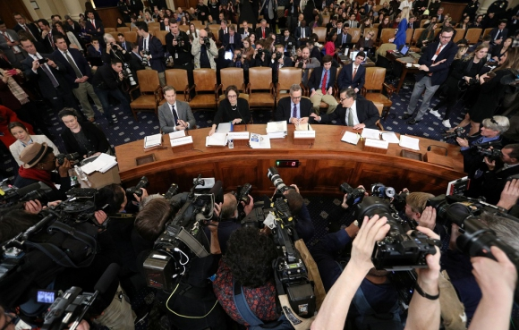 Expertos en el Congreso, este miércoles. Foto: Reuters