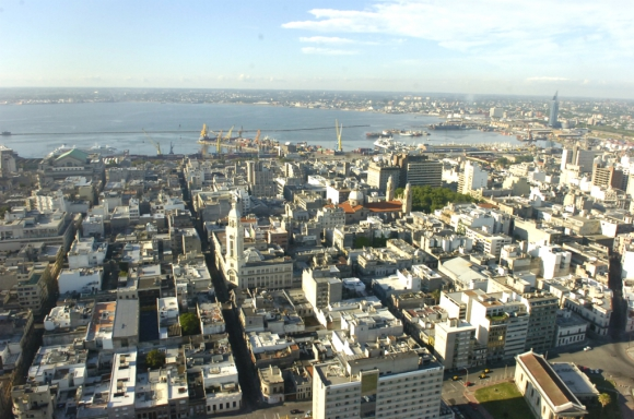 Vista aérea de Montevideo. Foto: Nicolás Pereyra
