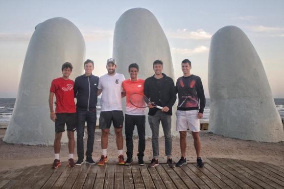 La prensentación del Punta Open 2018 de la ATP en Descripción La mano, Los dedos de Punta del Este