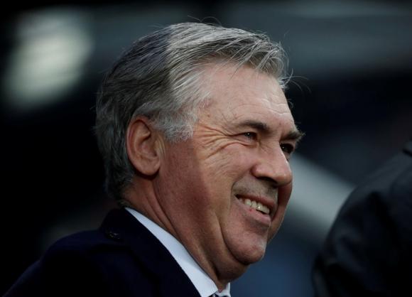 Carlo Ancelotti en su segunda victoria consecutiva con Everton. Foto: Reuters.