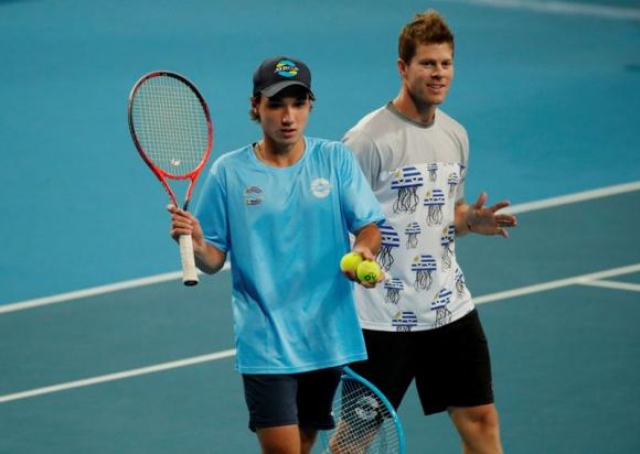 La dupla Ariel Behar y Juan Manuel Fumeaux en la ATP Cup. Foto: Reuters.