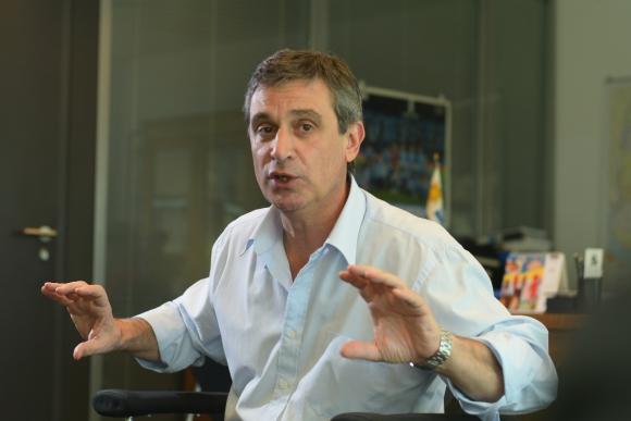 García se reúne con sectores en búsqueda de respaldo. Foto: Leonardo Mainé