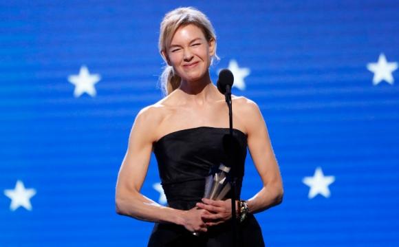 "Renee Zellweger ganó el Critic's Choice Award a mejor actriz, por ""Judy"". Foto: Reuters"