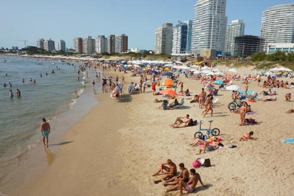 Playa Mansa de Punta del Este. Foto: Ricardo Figueredo