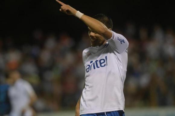 Brian Ocampo anotó y volvió a ser uno de los hombres importantes en el equipo de Munúa. Foto: Marcelo Bonjour.