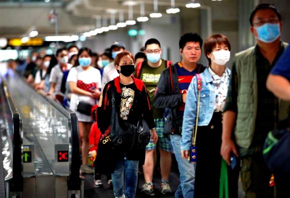En todos los aeropuertos se extremaron las medidas para detectar los síntomas del coronavirus. Foto: EFE