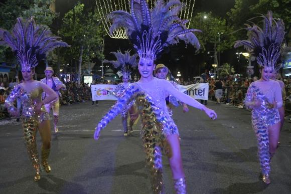 Revista La Compañía en el carnaval 2020. Foto: Marcelo Bonjour