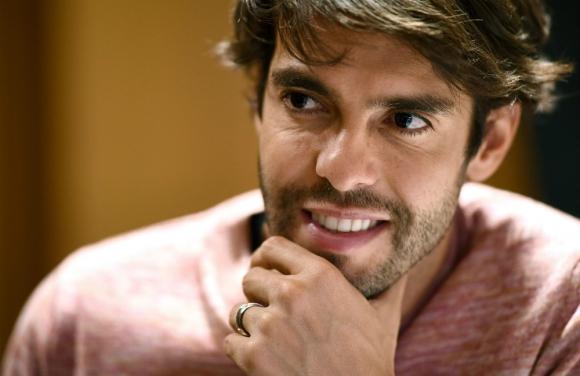 Kaká se está preparando para ser gerente deportivo