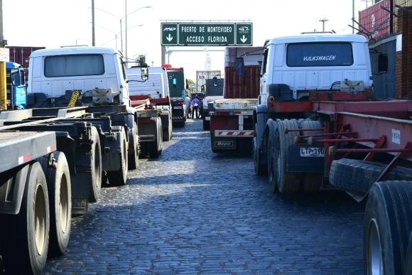 Paro de transportistas. Foto: Marcelo Bonjour