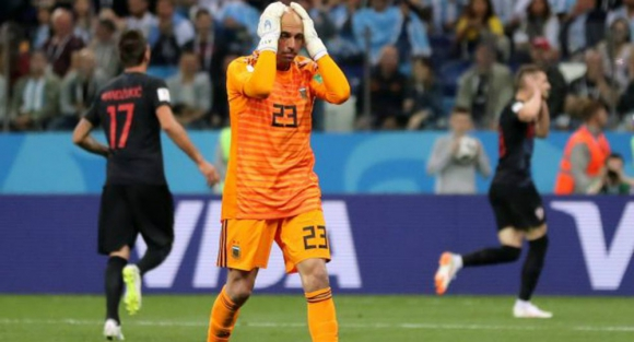 El tremendo error de Willy Caballero en Argentina vs Croacia