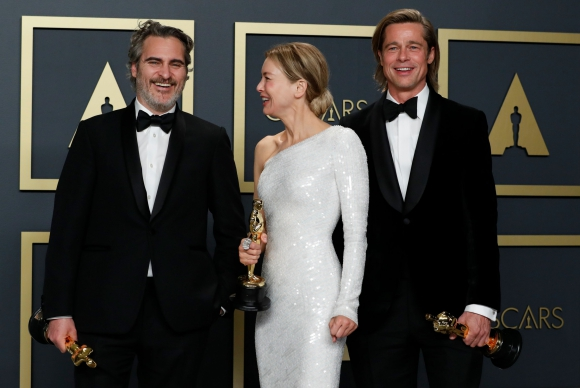 Joaquin Phoenix, Rene Zelleweger, Brad Pitt. Foto: Reuters