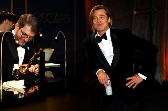Brad Pitt en los Oscar 2020. Foto: Reuters