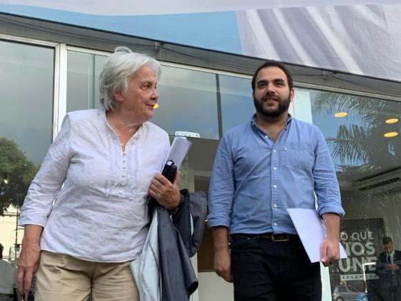 Lucía Topolansky luego de una reunión con Álvaro Delgado por cargos del Frente Amplio en el gobierno de Luis Lacalle Pou. Foto: Pablo S. Fernández.