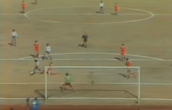 El gol de Waldemar Victorino ante el Nottingham Forest en Tokio