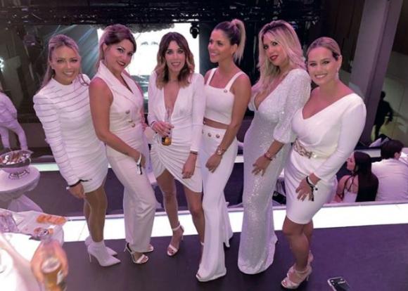 Joselyn a la derecha con Wanda Nara y otras esposas del PSG