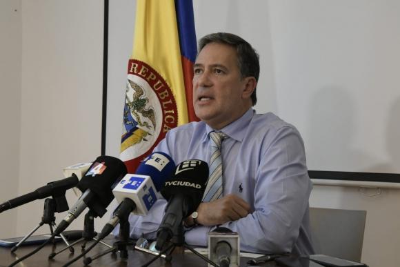 Embajador de Colombia en Uruguay, Fernando Sanclemente, este jueves en conferencia de prensa. Foto: Darwin Borrelli