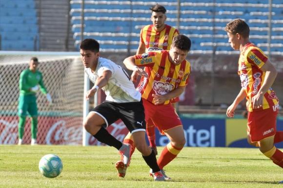 Montevideo City Torque vs. Progreso