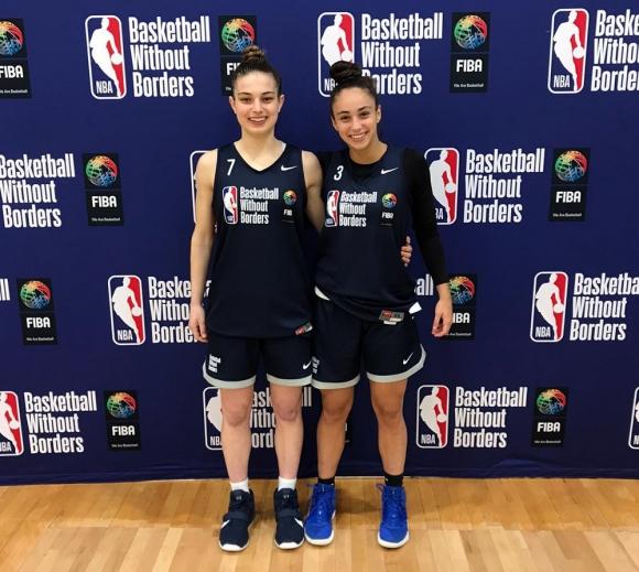 Camila Kirschenbaum y Florencia Niski en el Basketball Without Borders de la NBA