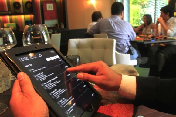 Menú con tecnología iPad. Foto. Archivo El País