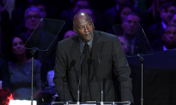 Michael Jordan en el homenaje a Kobe Bryant