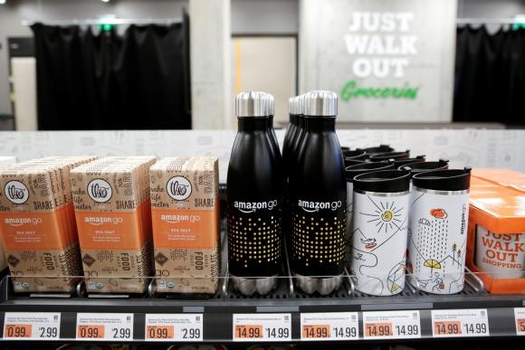 Productos Amazon Go en una nueva tienda en Estados Unidos. Foto: Reuters.