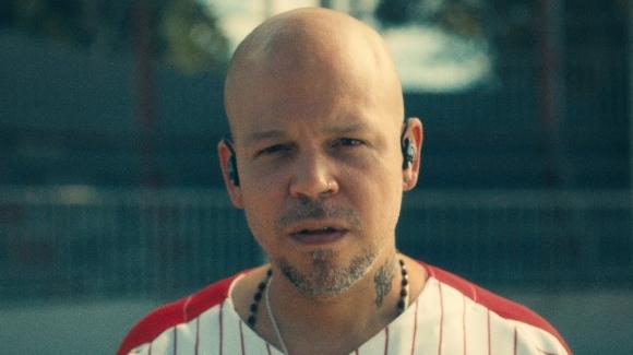 "René Pérez Joglar, Residente, en el videoclip de ""René"". Foto: Captura de YouTube"