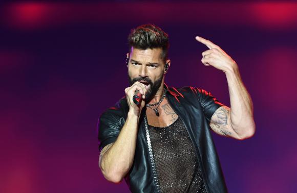 Ricky Martin hizo delirar a un Antel Arena con entradas agotadas. Foto: AFP.
