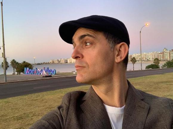 El actor español Pedro Alonso, Berlín, está en Uruguay. Foto: Instagram @pedroalonsoochoro