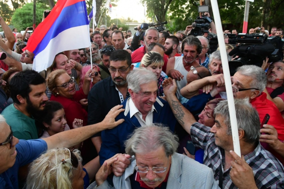 Tabaré Vázquez en comité de base en San Luis. Foto: Francisco Flores.