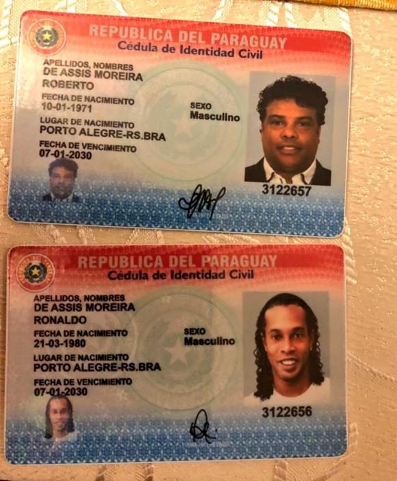 Así eran las cédulas paraguayas de Ronaldinho y su hermano. Foto: @MinPublicoPy